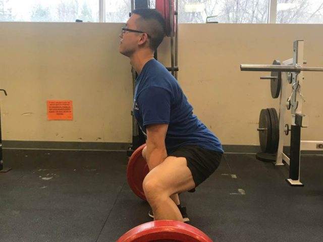 How To Keep Your Back Straight Deadlifting (Causes & Corrections)