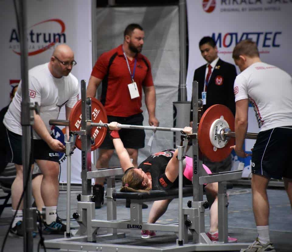 how do powerlifting meets work: picking attempts