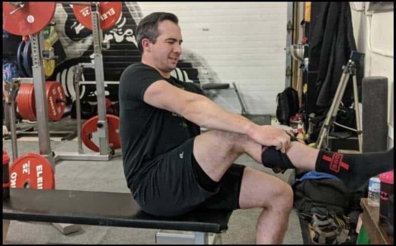 Ease of use knee sleeves