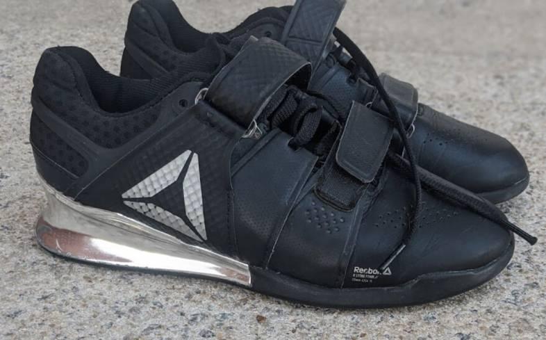 squat shoes features