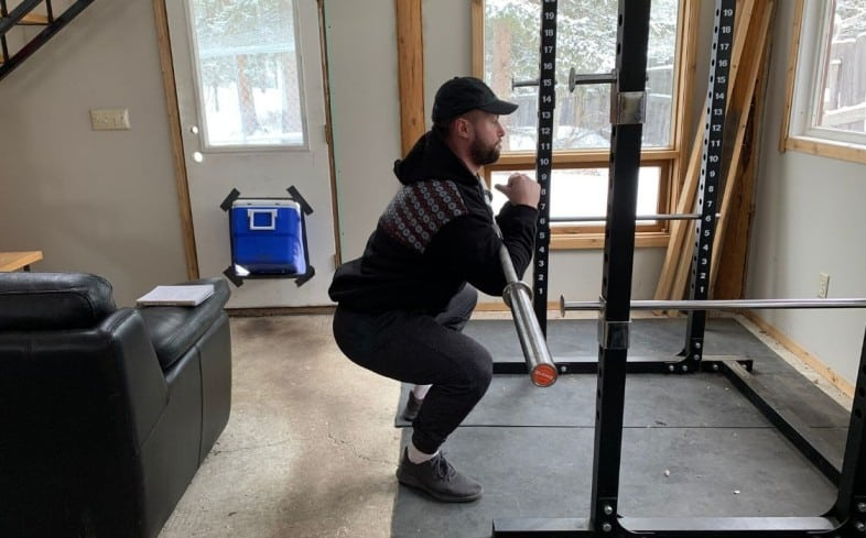 Front squat alternative: Zercher squat
