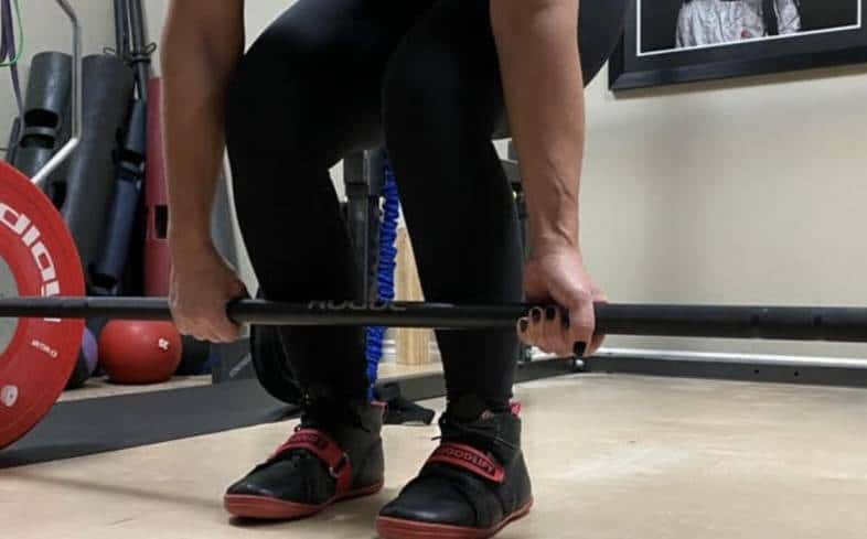 When lifting using lifting straps or lifting hooks, don't neglect your grip strength