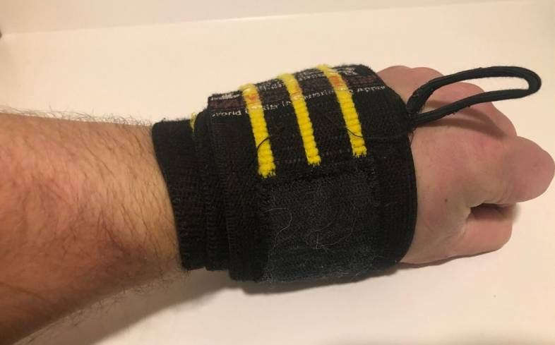 When using wrist wraps they are not made to feel comfortable