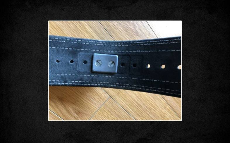 Lifting Large Economy Belt features a 100% leather construction