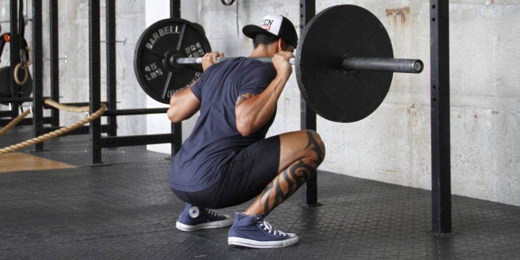 a lifter with long legs will squat less often per week compared with a lifter with short legs