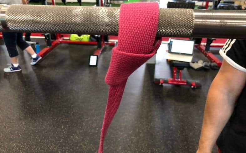 benefits from using straps to grip the bar during front squats