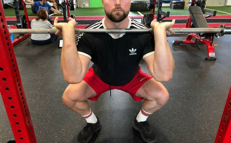 how to perform a front squat