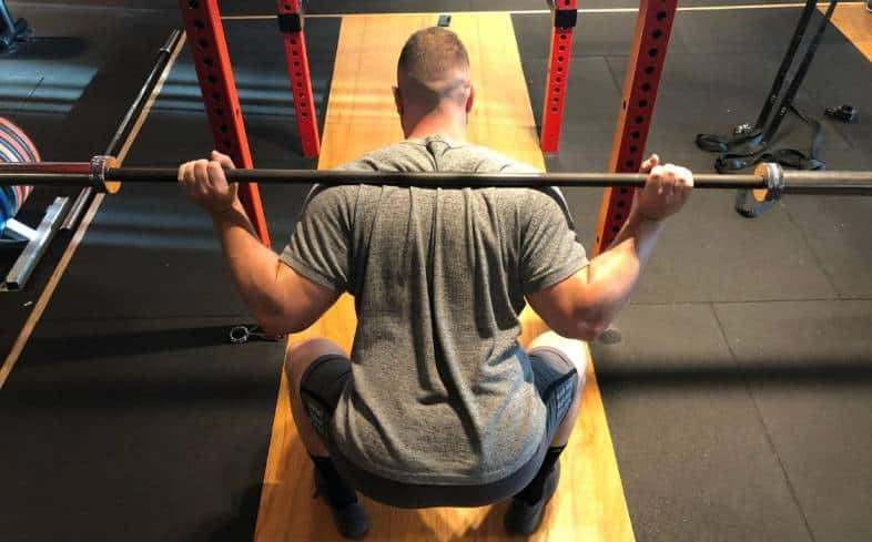 performing high rep squats can improve your high repetition strength