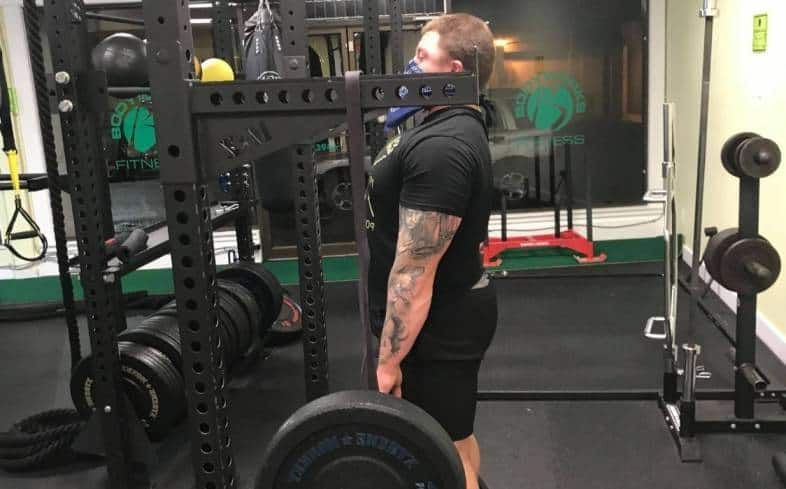 how to reverse band deadlift technique