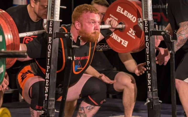 mistakes that powerlifters make when holding their breath during a movement