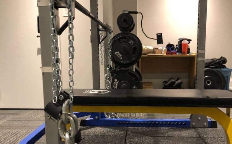 purpose of training with chains for powerlifting