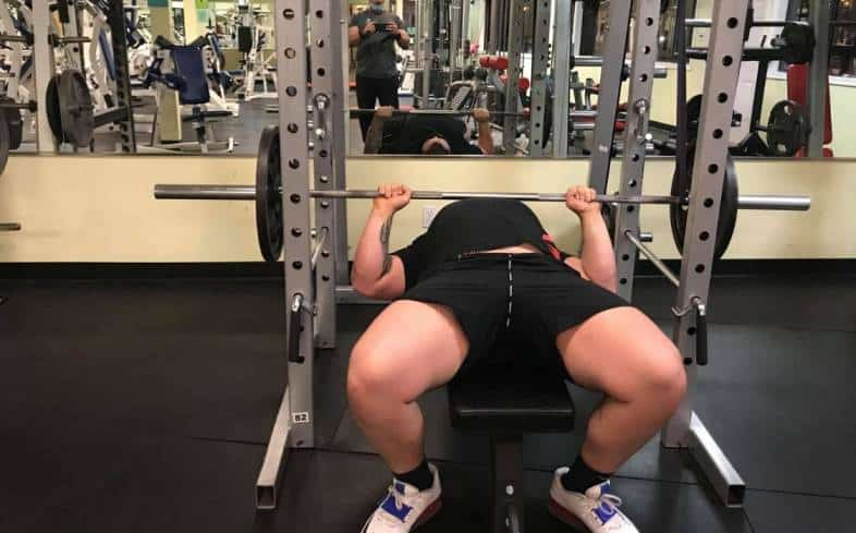 the purpose of the reverse band bench press