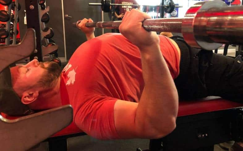 understanding your pain and causes of elbow injury while benching