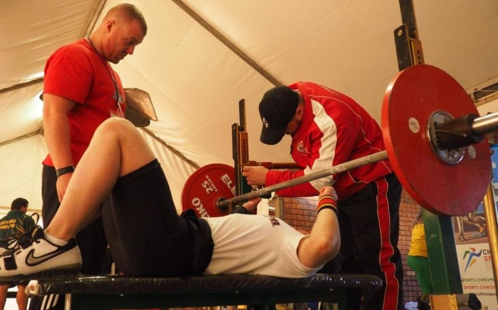 how you can prevent getting hurt from powerlifting