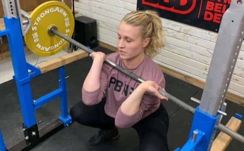 reasons why the bar is slipping during front squats