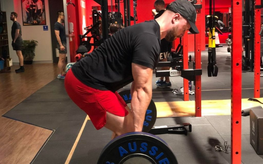 tips on how to stay lean while powerlifting