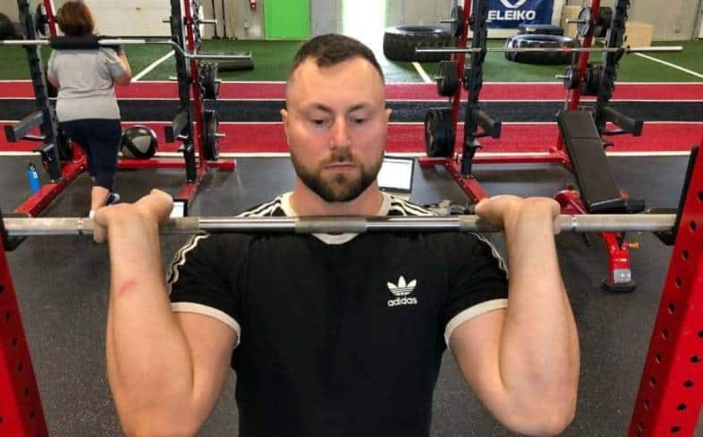 wear a cotton t-shirt for heavy back squats