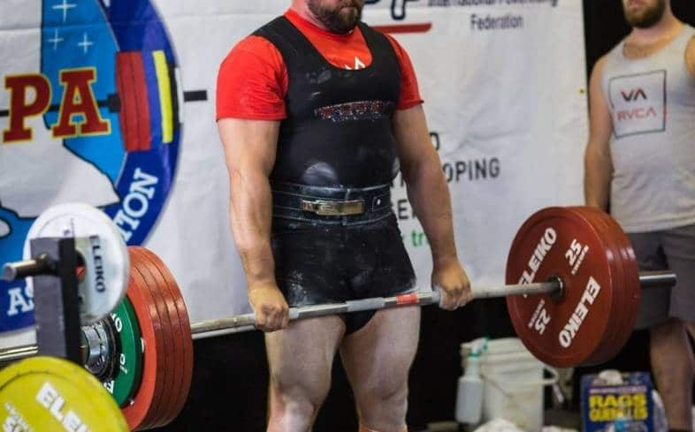 the best deadlift stance width will be somewhere between shoulder width and hip widths apart.