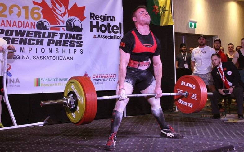 deadlifts are meant to be initiated from a dead-stop on the ground