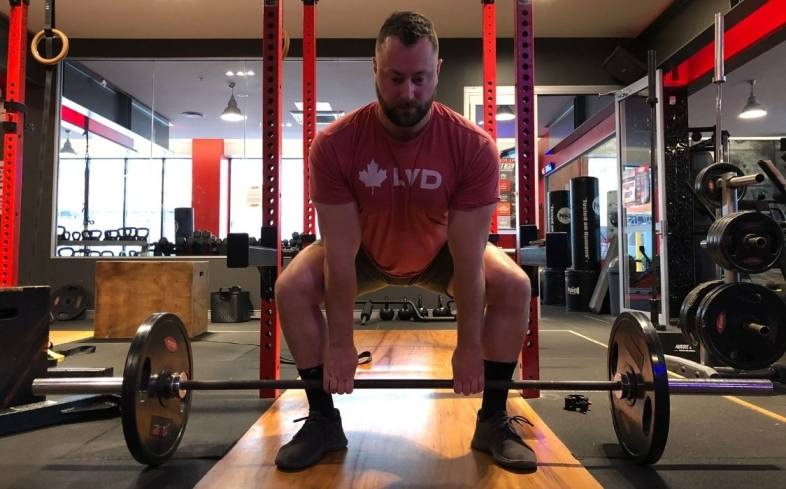 one of the benefits of the semi-sumo deadlift is that it is easier to break the bar off the ground