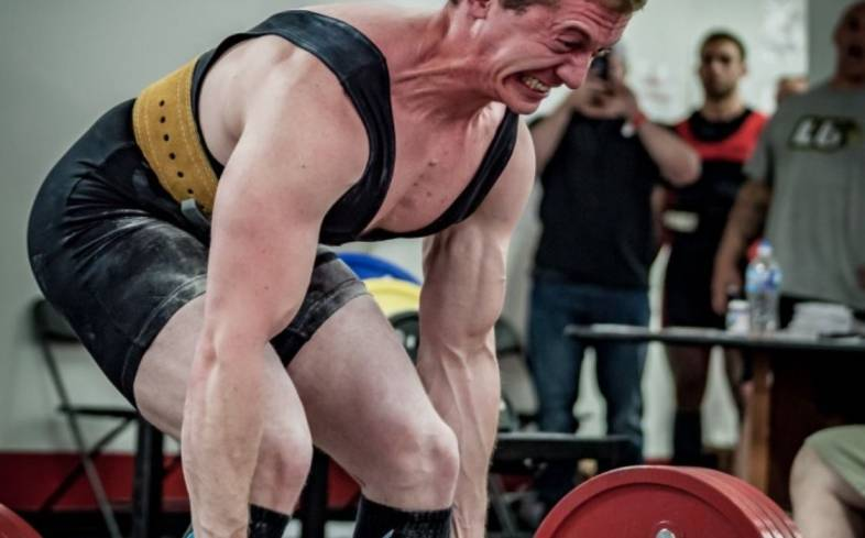 why are your hamstrings sore after deadlifts