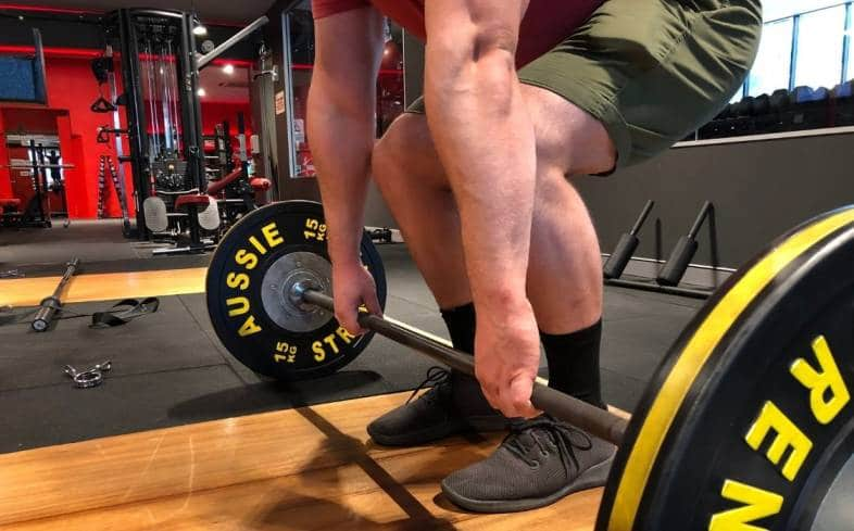 can you still train if your quads are sore from deadlifting