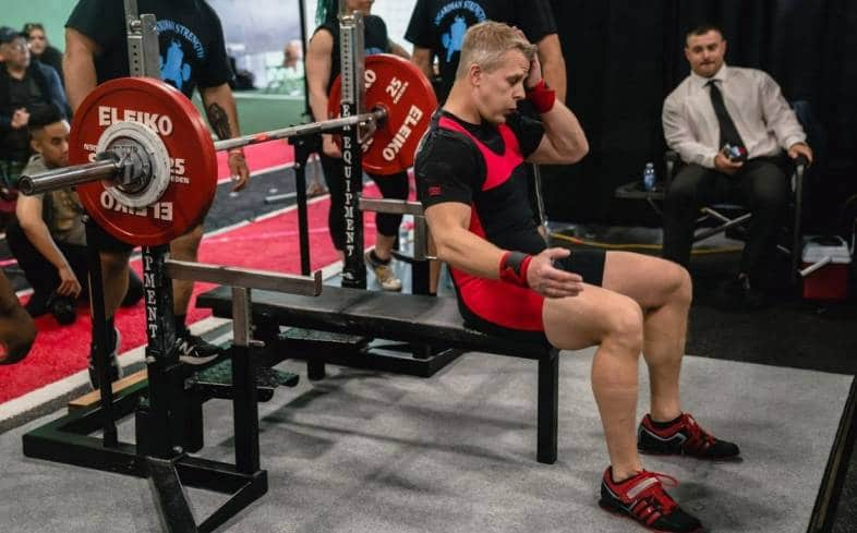 factors that can influence how fast or slow a powerlifting competition runs