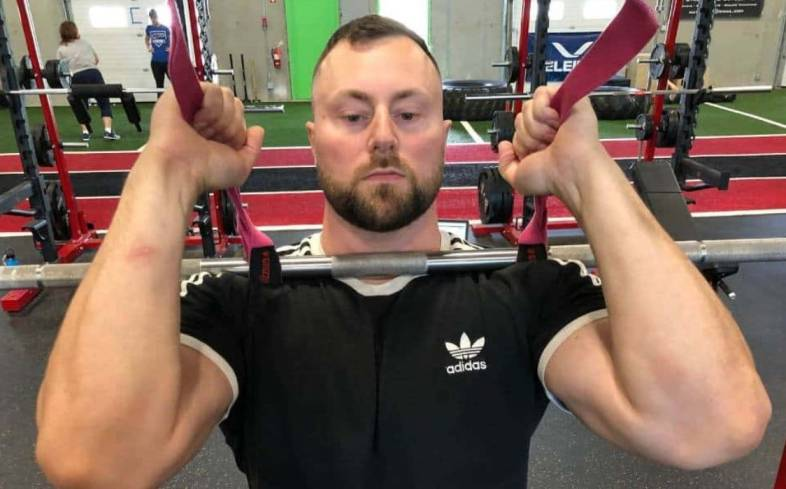 using lifting straps can be a useful way of you temporarily changing the stress on your callus