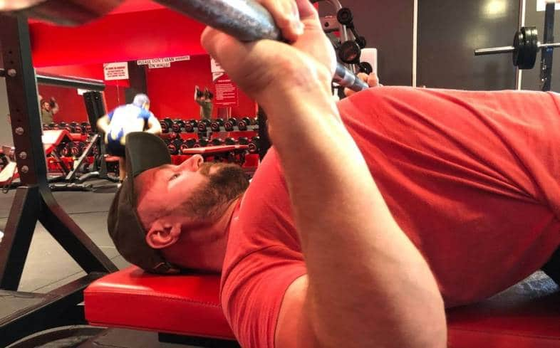 high reps for the bench press range from 8 reps to 20 reps