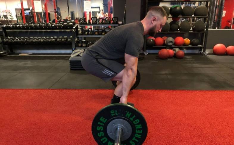 4 tips on how to deadlift to increase vertical jump