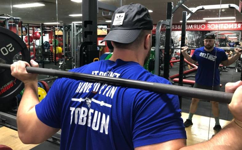 top seven tips to fix leaning to one side in the squat