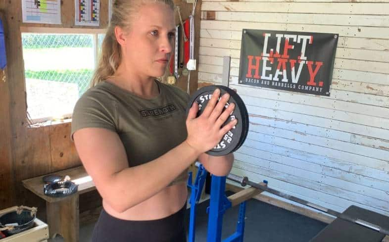 the plate pinch press is an exercise that targets the muscles of the inner chest to a great degree