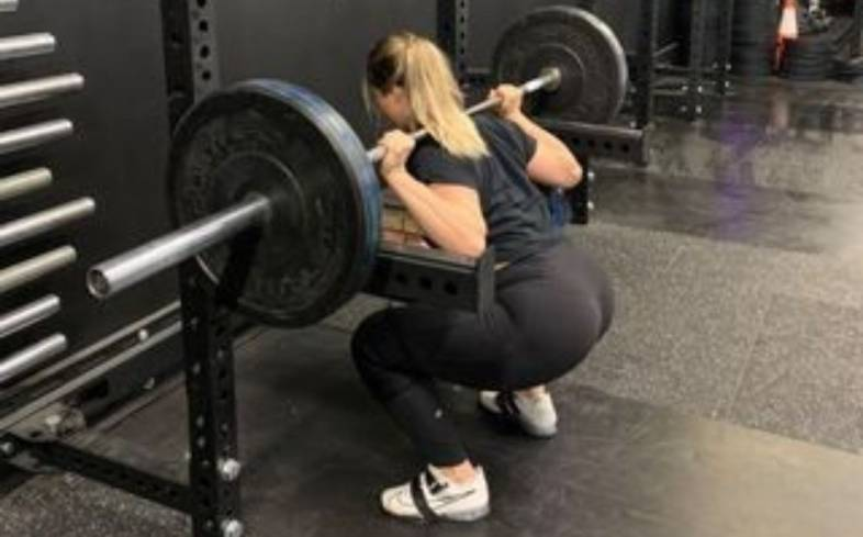 technique to implement if you want to reduce hamstring soreness from squats