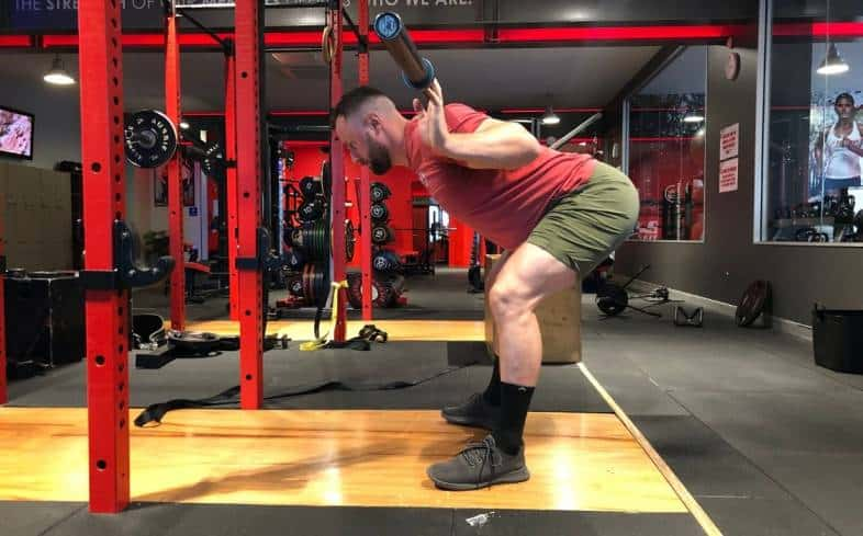 which squat variations can make the hamstrings more sore