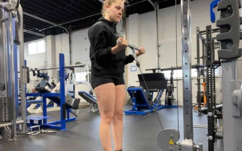 Standing Cable Straight Bar Curls